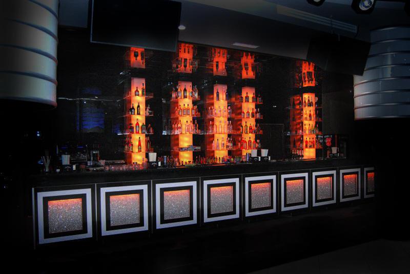 Randare-3D-randari-3D-Bar-Euphoria-Club-Design-Interior-Designer-Florin-Ignat-canapele-Candelabre-lampadare-Signa-Design-Solutions-club-design-mobilier-bar-baruri-led-mobila-hotel-1
